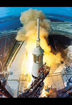 nasa50 520 10 on08 35 Fotografias marcantes na Historia da Exploração Espacial