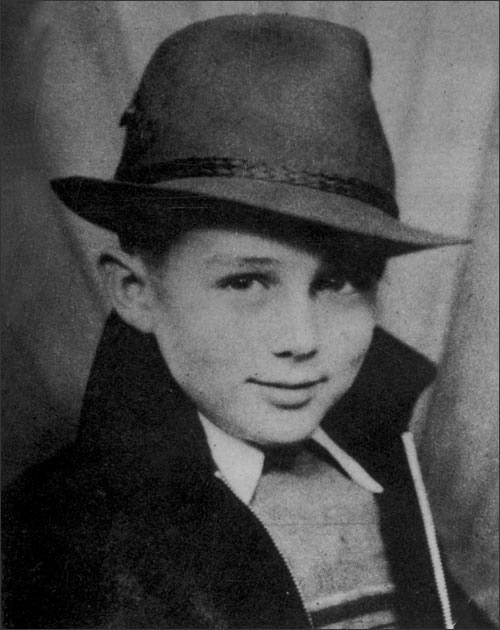 James dean as a child 40 Fotografias Históricas de Famosos em Criança