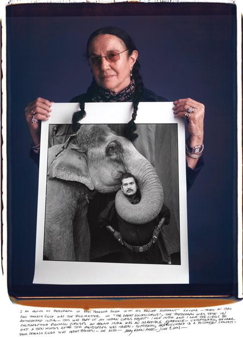 Mary Ellen Mark mantoani thg 120124 wblog Fotografos Famosos Posam com as suas Imagens