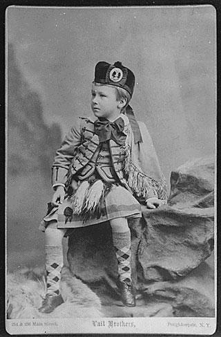 franklindroosevelt child portrait m 40 Fotografias Históricas de Famosos em Criança